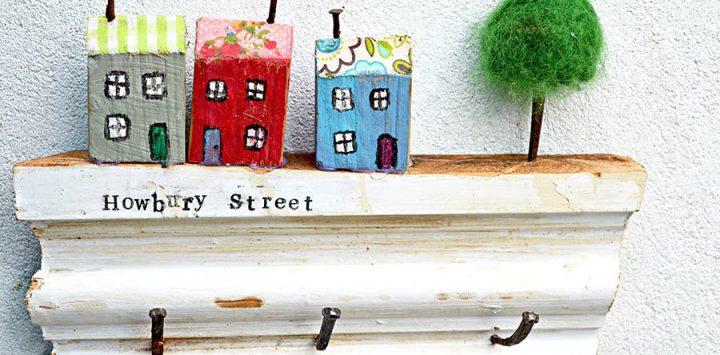 DIY-wooden-wall-key-holder-feat-s-900x444.jpg