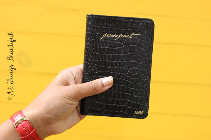 Urby_passport_holder2