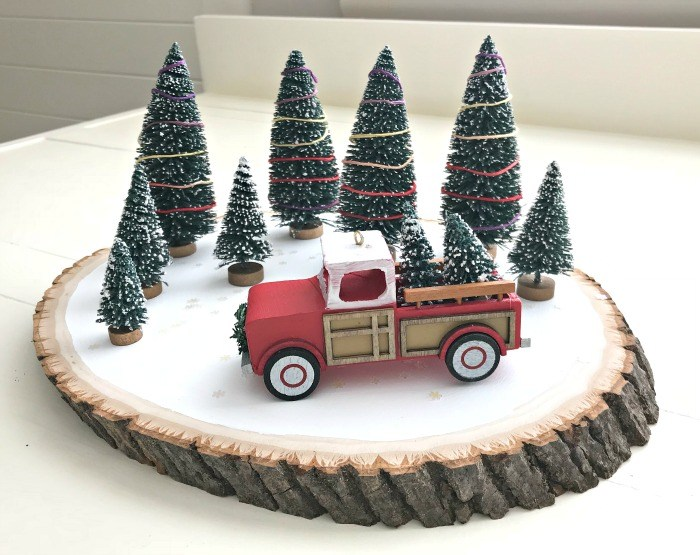 Red-Truck-DIY-Christmas-Centerpiece-7.jpg